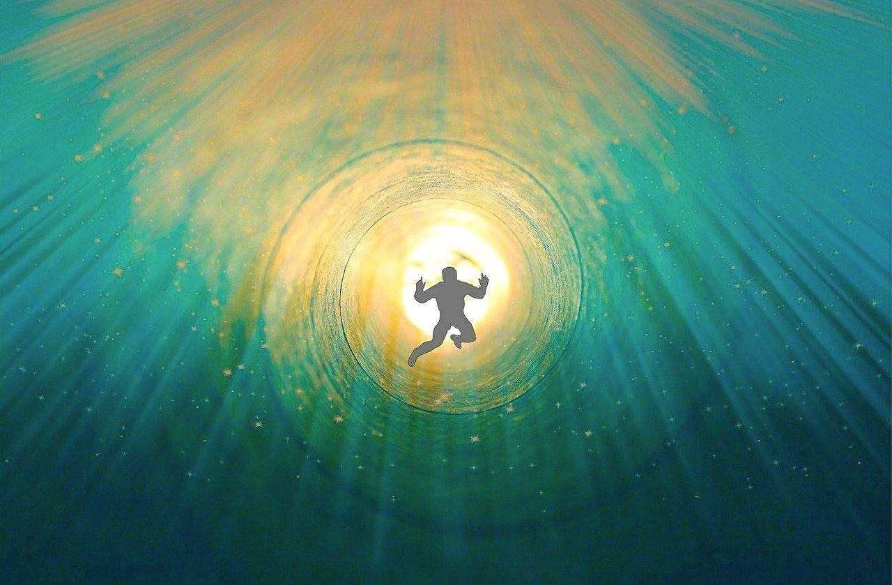 7 000 âmes se souviennent de leur «vie» entre deux vies pendant une hypnose de régression