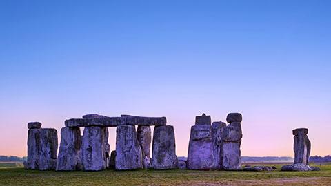 Le mystère de Stonehenge : Hypothèses d'utilisation du site et informations extraterrestres à ce sujet