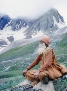 monk-meditating-himalayas-small