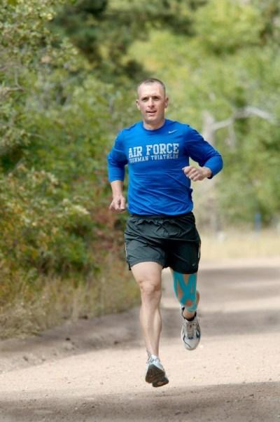 runner-662826_1920-680x1024
