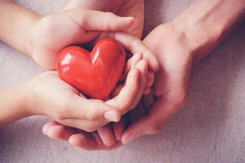 L'Amour romantique peut-il être le véritable Amour – Thich Nhat Hanh
