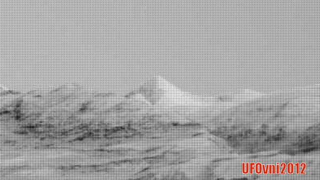 DÉCOUVERTE D'UNE PYRAMIDE ET D'AUTRES RUINES ANTIQUES DANS LA RÉGION DE «GALE CRATER» SUR MARS.