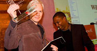 Julian Assange remporte le prix Gary Webb pour la liberté de la presse 2020