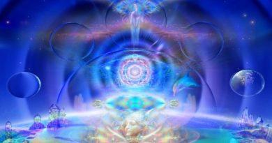Une vue d'ensemble des Vaisseaux de Lumière qui se rapprochent de nous… Les Végaliens