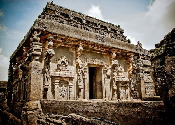 THIS-Temple-Was-Carved-Out-Of-A-Mountain-1-600x430-1