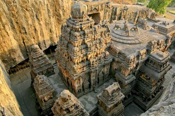THIS-Temple-Was-Carved-Out-Of-A-Mountain-600x400-2