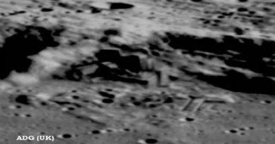 Le plus grand secret de tous les temps ? La Lune, bâtiments et vaisseaux en photos?