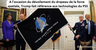 A l'occasion du dévoilement du drapeau de la Force spatiale, Trump fait référence à la technologie secrète du programme spatial