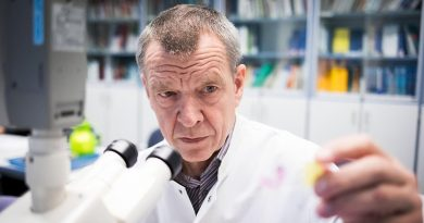 CES GRANDS PROFESSEURS DE MÉDECINE AFFIRMENT QUE LE CORONAVIRUS NE TUE PAS